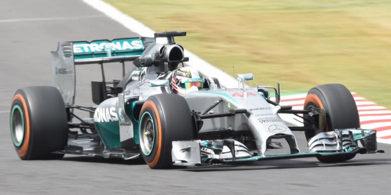 "Lewis Hamilton Tolak Nomor ""1"""
